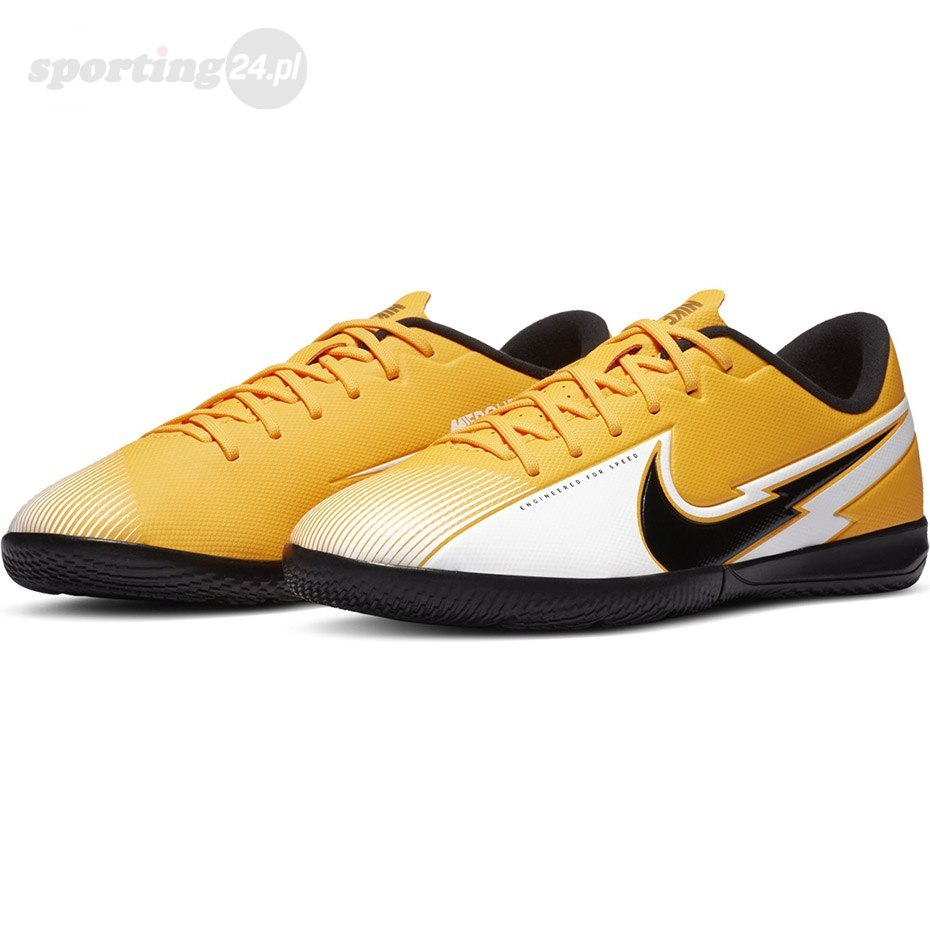 Buty piłkarskie Nike Mercurial Vapor 13 Academy IC JUNIOR AT8137 801 Nike Football
